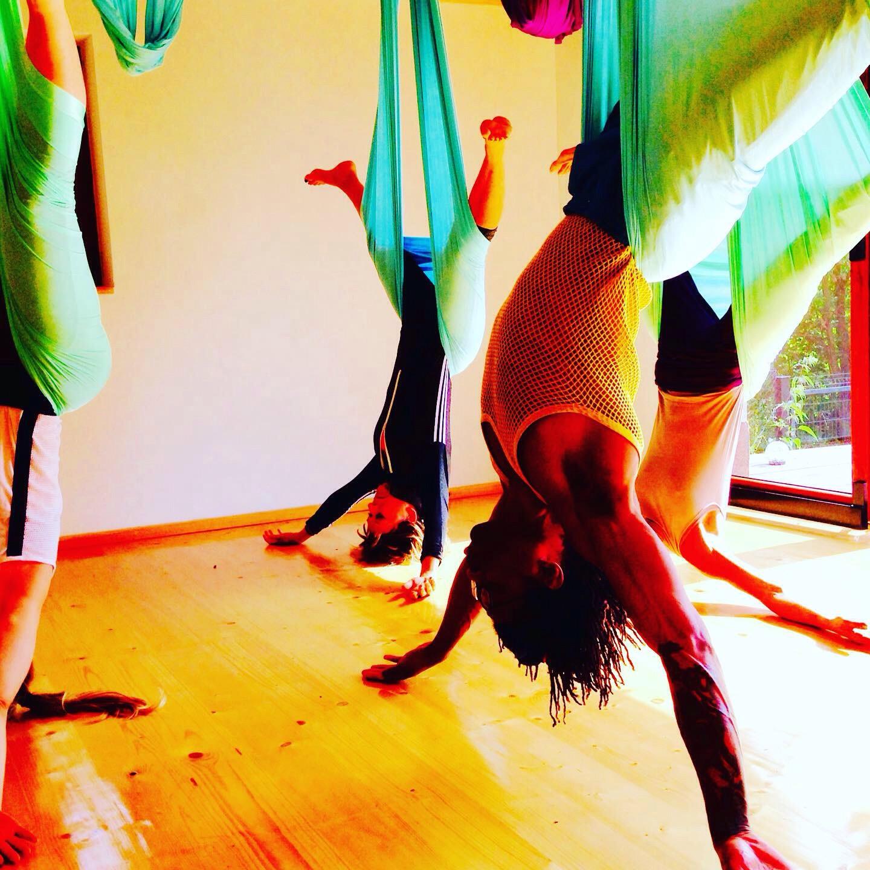 Aerial Yoga Flowmove